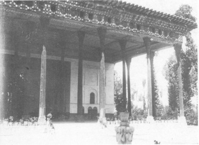 The Forty Columns palace (Chehel Sotoun) in Ispahan.